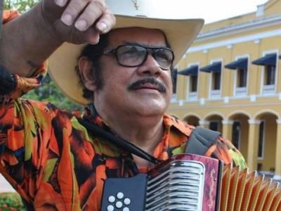 Aníbal Velásquez : más de 80 años de magia y transgresión en el acordeón